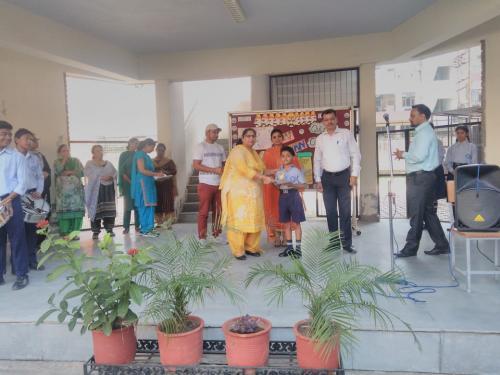 Aditya Tuli class 5th won third position in Talent Hunt 2018